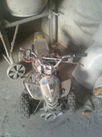 Квадроцикл на запчастини