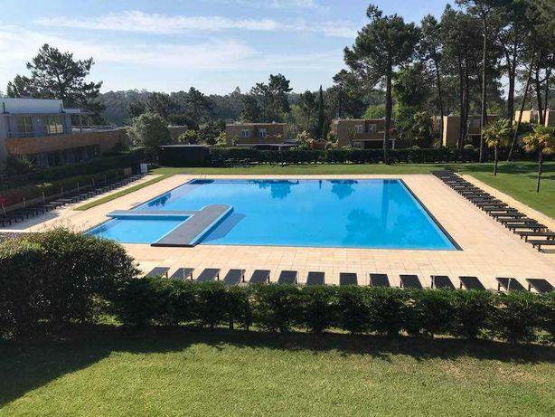 Ferias-T1-Resort Golf Quinta da Barca-Piscinas-Golf-Tenis