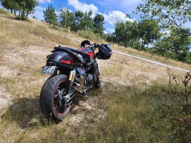 café racer Suzuki gsx 750 f  ( Honda yamaha triumph Ducati cb ktm )