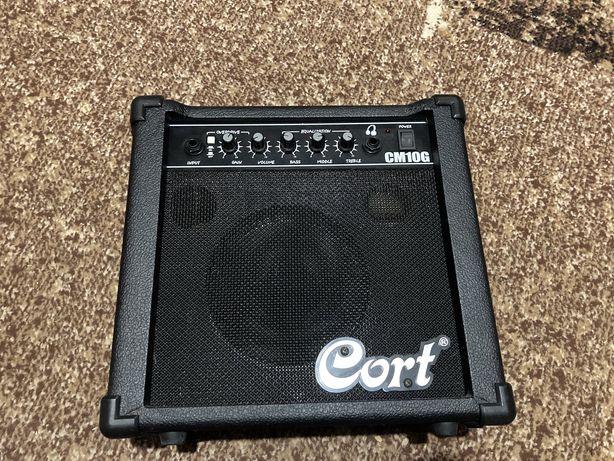 Комплектный усилитель для электрогитары Cort cm10g
