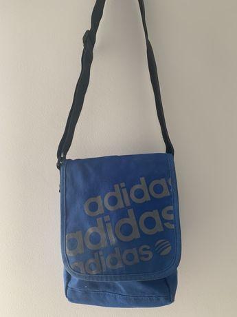 Torebka Adidas z paskiem