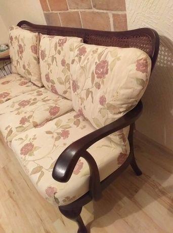 Ratanowa sofa