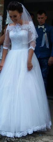 Продам свадебное платье 42-44рр