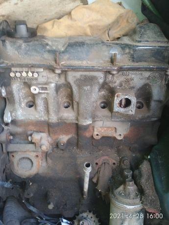 Двигатель 1.6 бензин Volkswagen Jetta