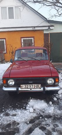 Продам  автомобиль  москвич..