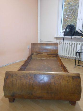 Sprzedam łóżko zabytkowe