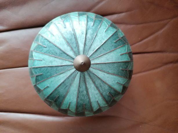 Caixa decorativa de latão
