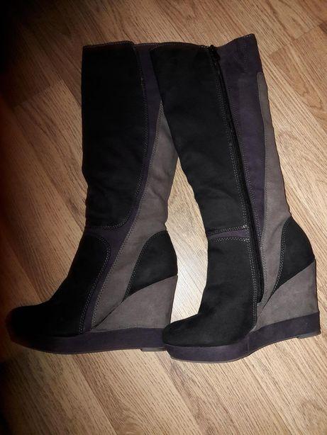 Zamszowe buty 36