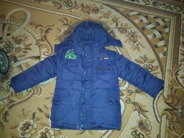 Продам куртку детскую зима