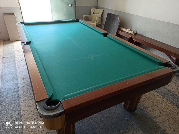 Mesa de snooker (em muito bom estado)