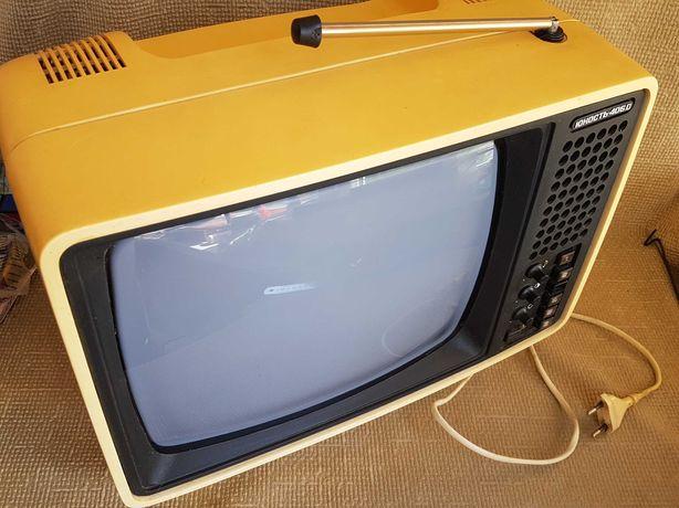 Телевизор Юность-406д