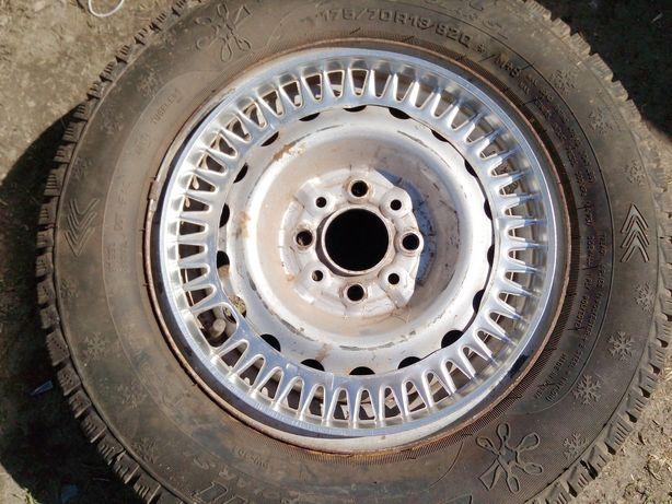 Алюминиевые кантики на колёса классики R13
