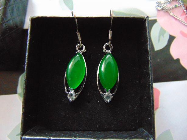 Kolczyki srebrne z jadeitem