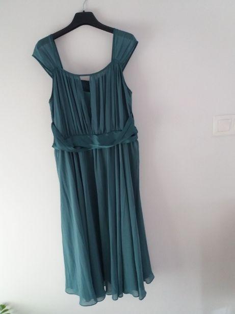 Sukienka w kolorze zielonym. ARYTON 42