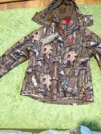 kurtka wzor lesny