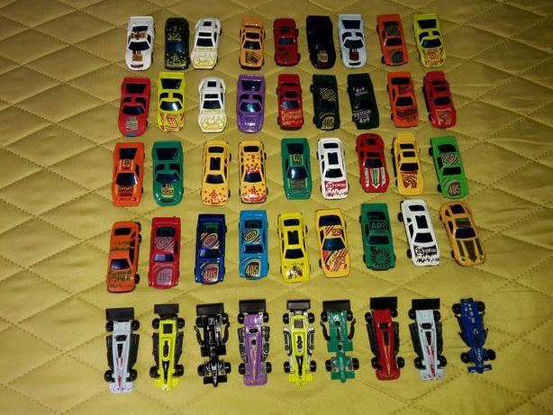 Carros miniatura escala de coleccionador