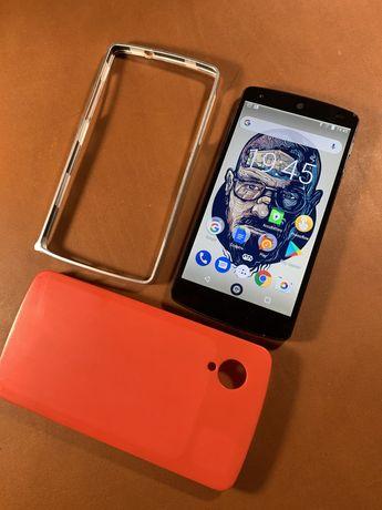 Смартфон LG Nexus 5 16GB (Black) D820