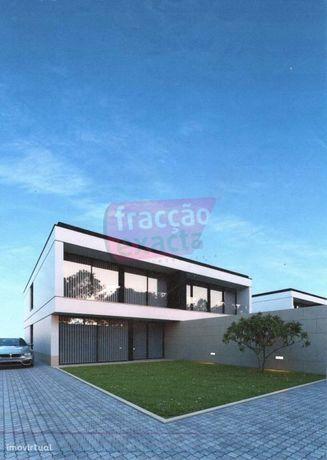 Lote para construção de Moradia - São Félix da Marinha