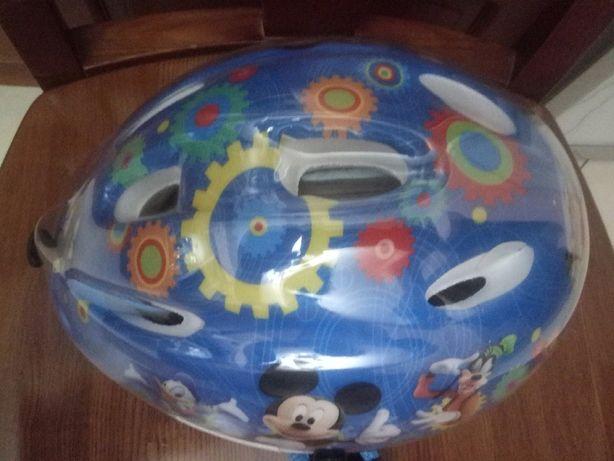детский защитный шлем на ролики вело Мickey Mouse Clubhause новый