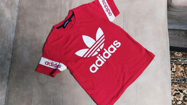 Футболка футболки