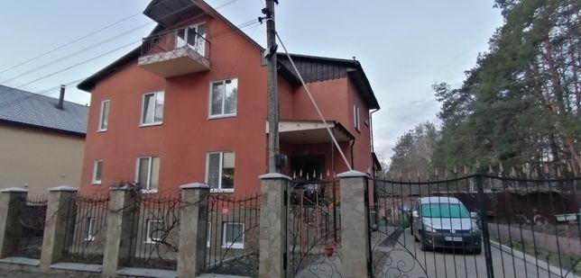 Оренда частини жилового будинку з окремим входом