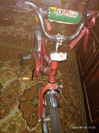Продам велосипед от 3 до 5 лет для девочки та и для мальчика