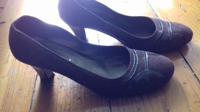 Sapatos castanhos Ideal 39