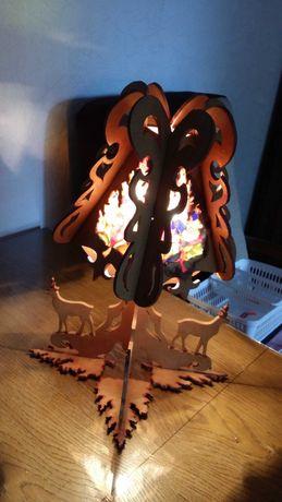 Lampka nocna drewniana ręcznie wycinana