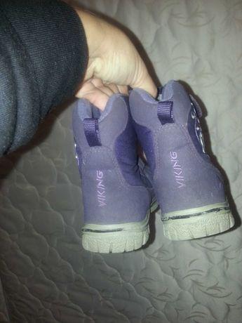 Ботинки сапожки фирмы викинг