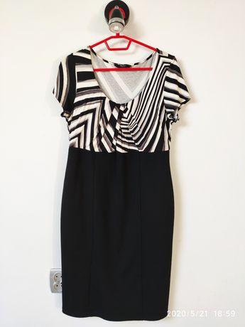 Sukienka w rozmiarze m/l