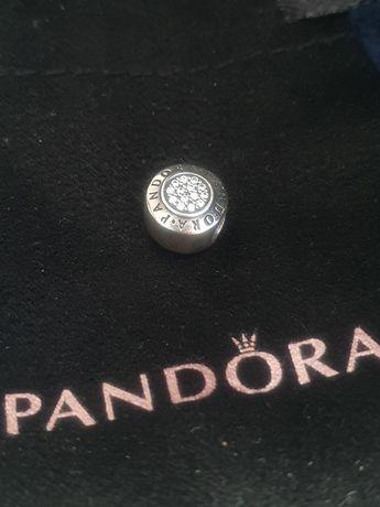 Pandora srebrna zawieszka z cyrkoniami