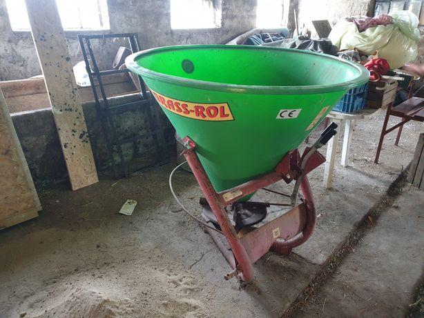 Rozsiewacz nawozu bąk 300l grass-rol