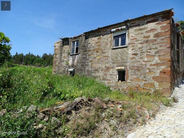 Casa antiga em pedra com terreno para venda Gondomar (10 ...