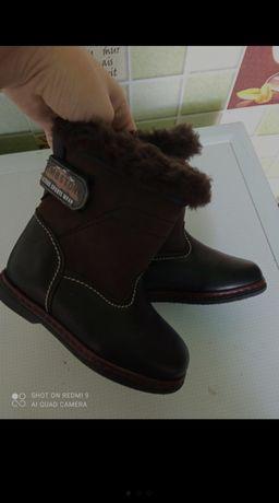 Зимові ботинки на хлопчика