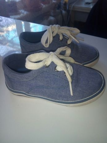 Кеди, кроссовки