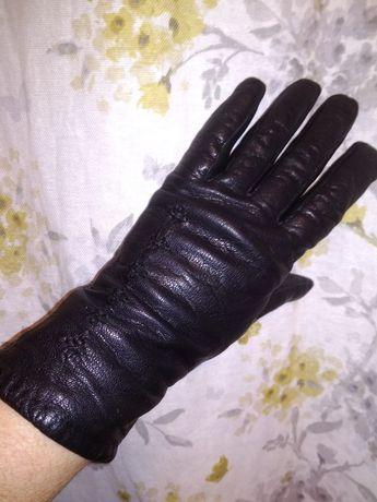 Перчатки кожаные женские б.у