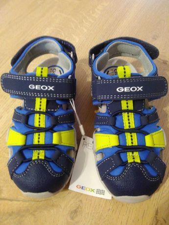 Босоніжки сандалі Geox