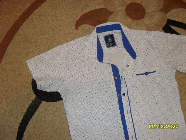 фирменная рубашка на мальчика 10 лет в отличном состоянии