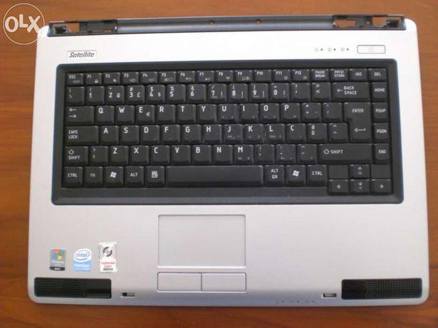 Computador portátil Toshiba l40-18l para peças