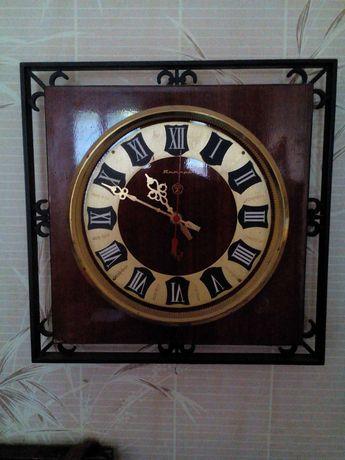 Часы настенные советские