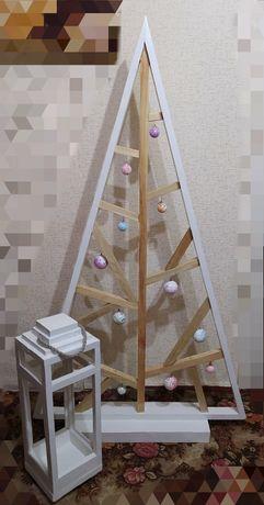 Декоративная ёлка с дерева, фонарь с дерева