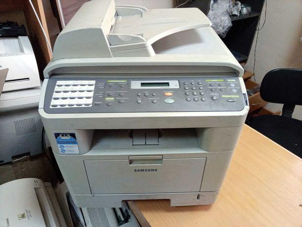 Лазерное МФУ Samsung SCX-4720FN (принтер/сканер/копир)