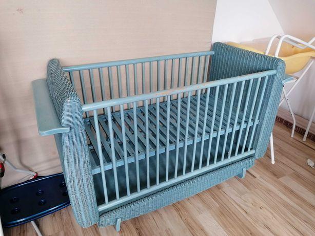 Łóżeczko niemowlęce - niebieskie retro