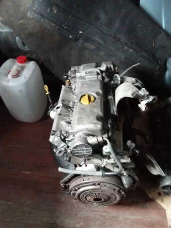 Мотор двигатель  двигун  вектра Б 2.0 диз