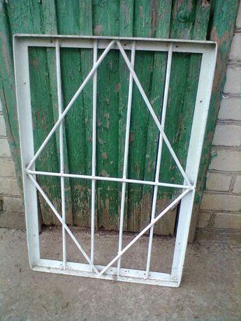 решётка на окно металлическая