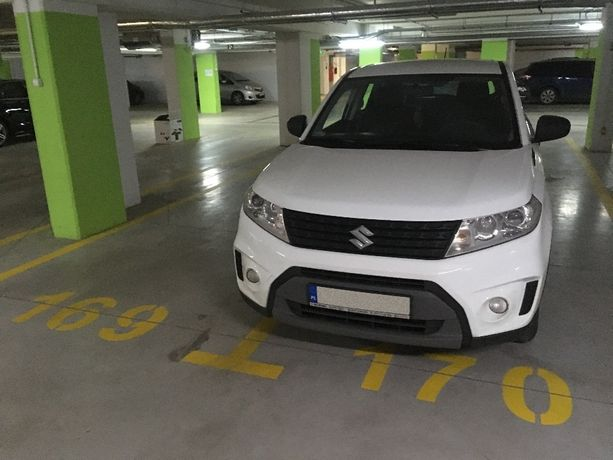 Wynajmę miejsce parkingowe w garażu podziemnym przy ul. Kazachskiej 7