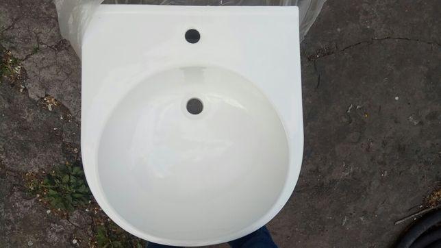 Умывальник керамический