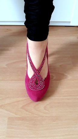 Ròzowe damskie buty