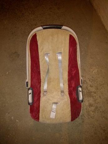 Fotelik nosidełko 0-9 kg