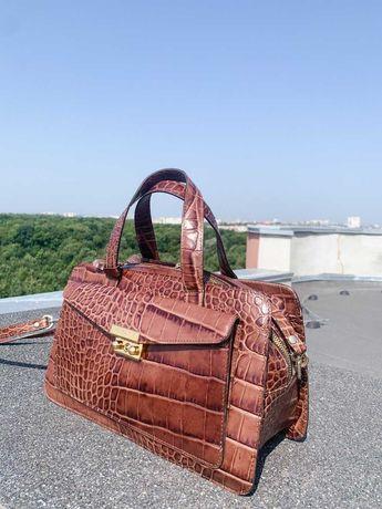 продам стильную женскую сумку